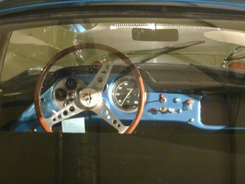 [ FOTOS ] Visita al Museo de las 24h de Le Mans P1020859