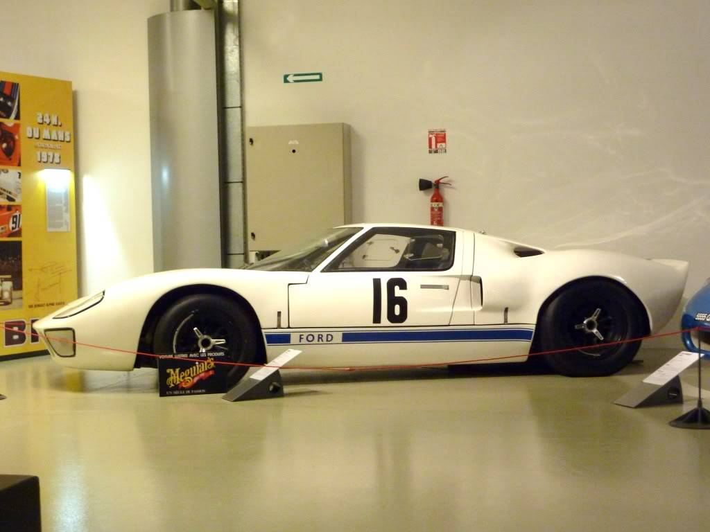 [ FOTOS ] Visita al Museo de las 24h de Le Mans P1020882