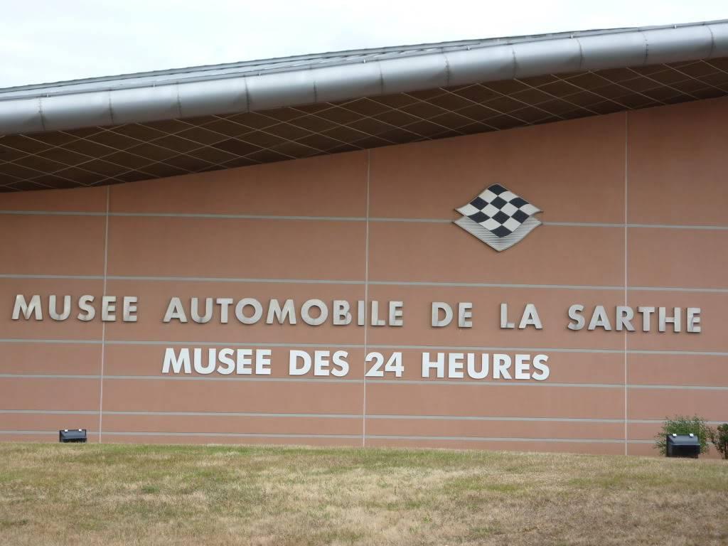 [ FOTOS ] Visita al Museo de las 24h de Le Mans P1020976