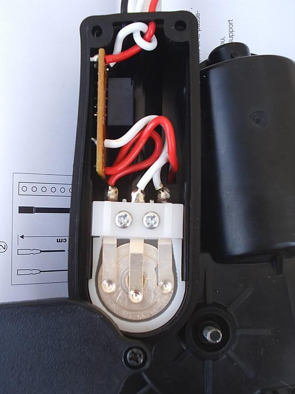 [ ANTENA ] Antena eléctrica de sustitución de marca Hirschmann PIC_0043-2