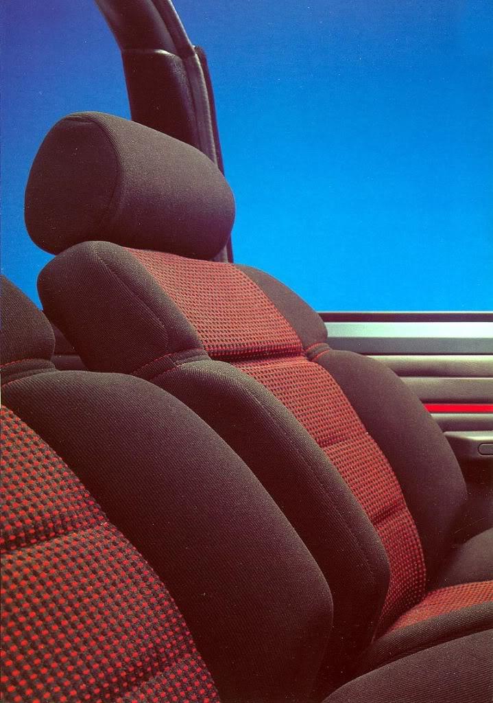 [ FOTOS ] Catálogos del 205 Cabriolet 205cab1992003