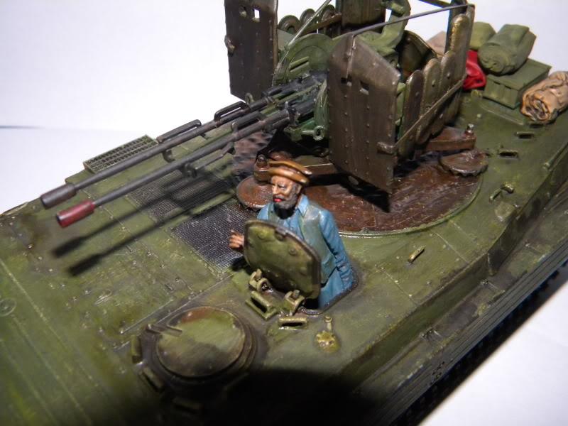BMP2 Afghan terminé Bmp2a018