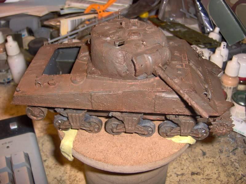 sherman abandonné T34002-1