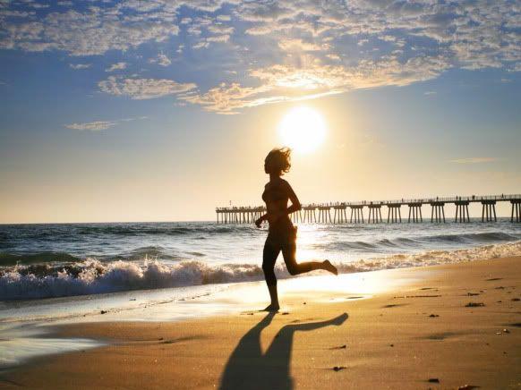 La playa, el mejor lugar para acabar con la celulitis Legs_02