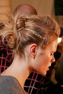 Peinados de pasarela: recogidos con trenzas Trenzas2