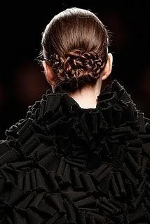 Peinados de pasarela: recogidos con trenzas Trenzas4