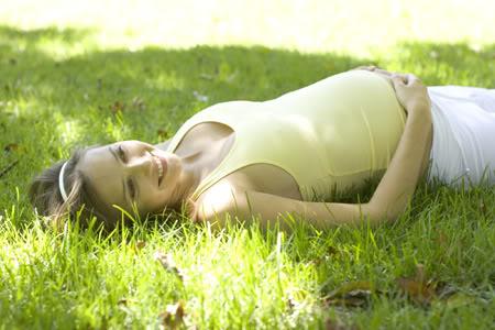 ¿Es malo hacer ejercicios en estado de embarazo? Pregnant_fitness_01