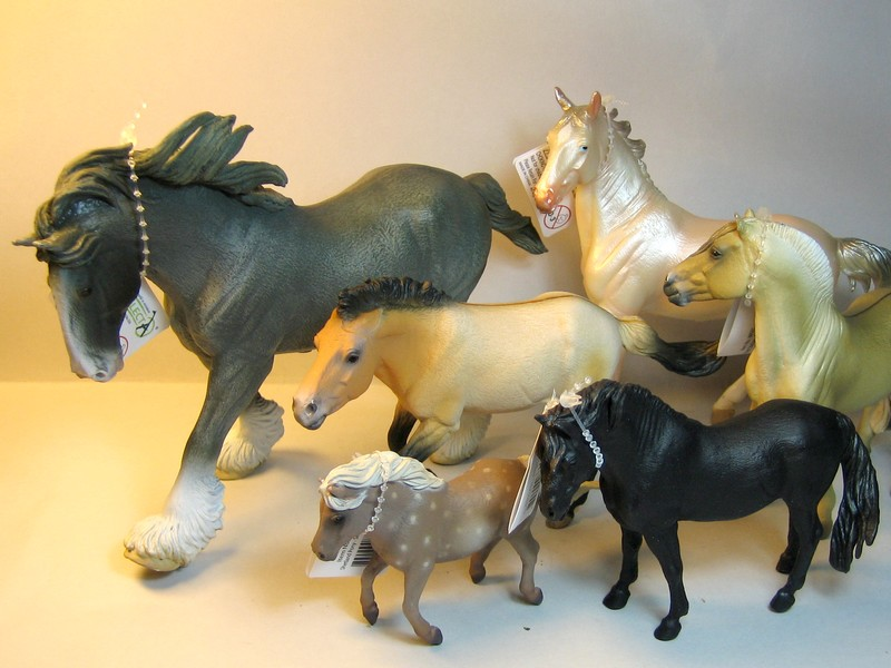 Some new Collecta horses released in February 2013 Newfeb13_zpsdbd5ab0e