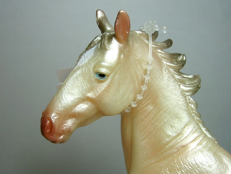Some new Collecta horses released in February 2013 Shinyhead_zpsb8a019b0