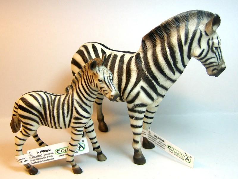 Susannes new collectas : Baby lion, dinoes, zebras, roan horses, plants,cocker.. Collectazebras