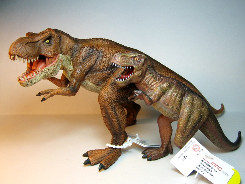 The large T-rex from Mojo, - and his little friend ;-) Mojorex6
