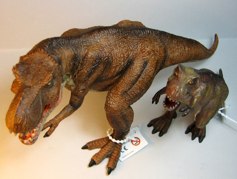 The large T-rex from Mojo, - and his little friend ;-) Mojorex8