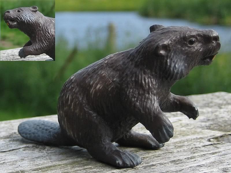 Mojo beaver: the best beaver figurine at the market? Bullybver1