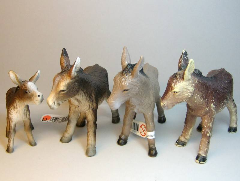 A great gift from Bojan, - and various new and old Bullylands ;-) Bullyolddonkeys4