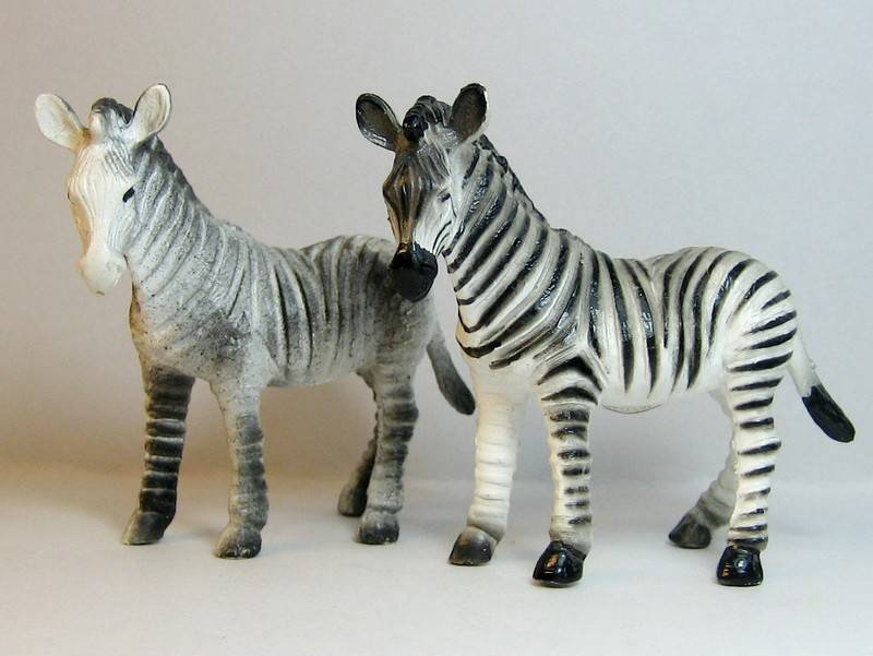 A great gift from Bojan, - and various new and old Bullylands ;-) Bullysmallzebras2