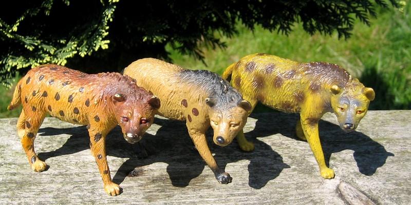 Hyenas from Bullyland :-) Hyenas2