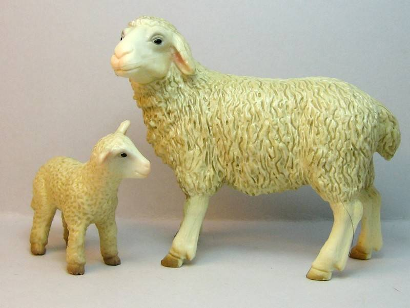 A great gift from Bojan, - and various new and old Bullylands ;-) Kindertoyssheep