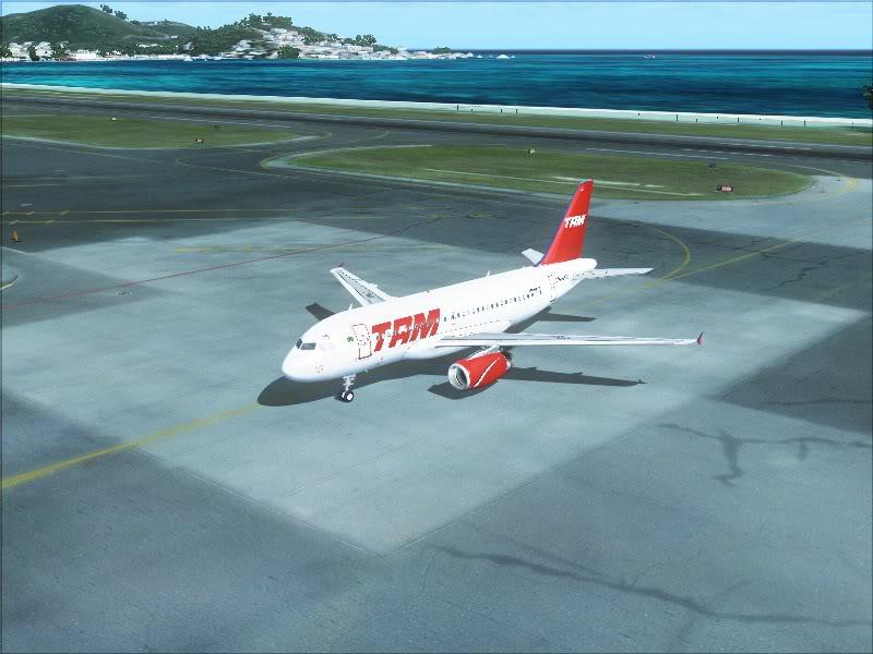 Airbus A319 TAM-St Maarten 14-2