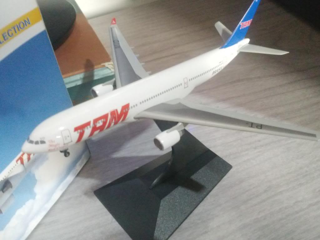 A330-232 TAM PT-MVD 1/400 CAM00060_zpsfdcae024