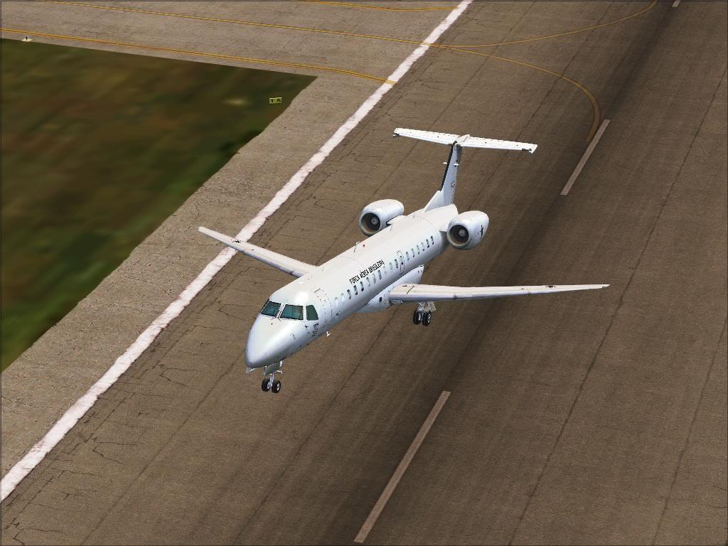 FS9-ERJ 145 da FAB Fs92011-10-1822-49-44-04