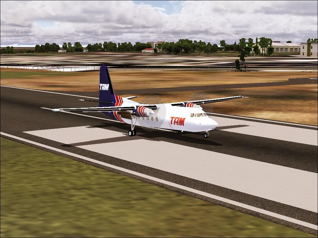 Pouso com Fokker 27 mk600 da TAM Fs92011-11-2501-40-34-86