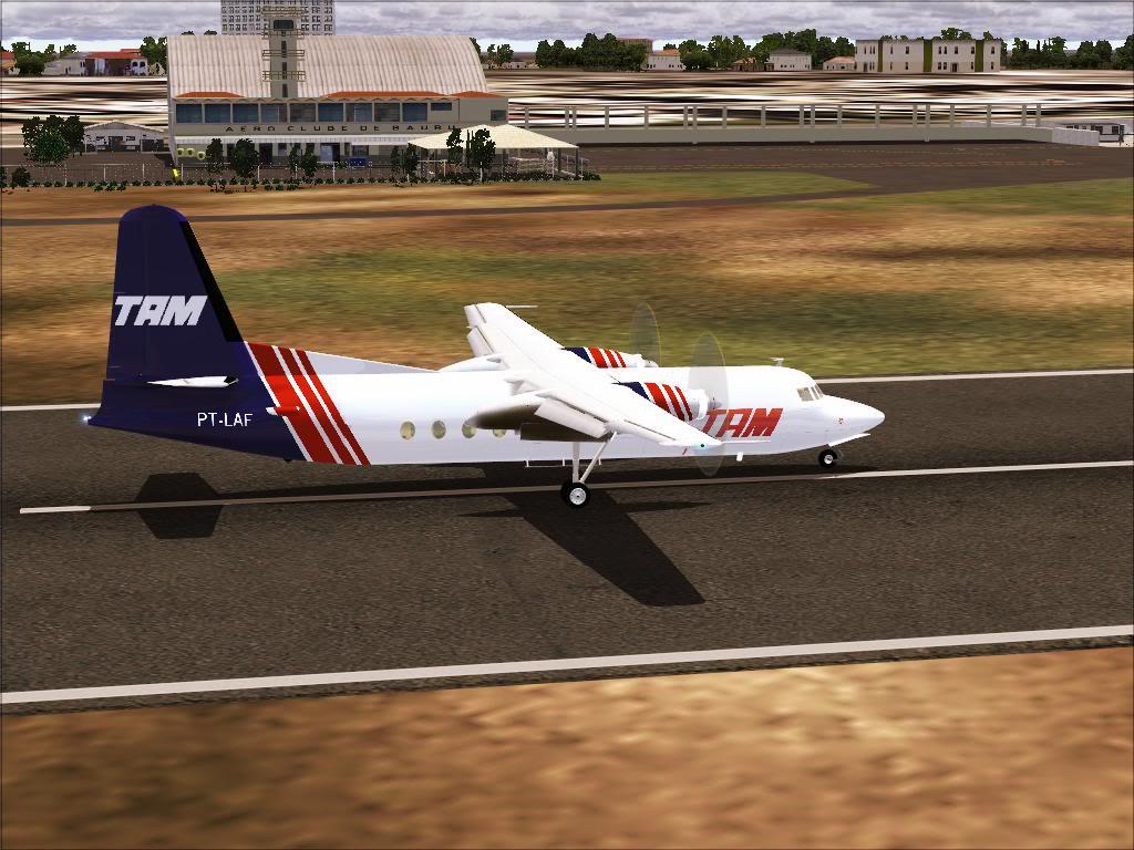 Pouso com Fokker 27 mk600 da TAM Fs92011-11-2501-41-06-73