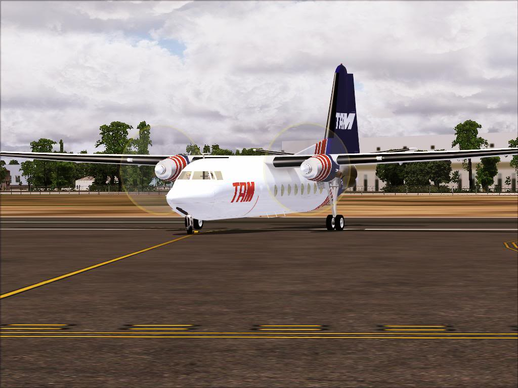 Pouso com Fokker 27 mk600 da TAM Fs92011-11-2501-42-35-61