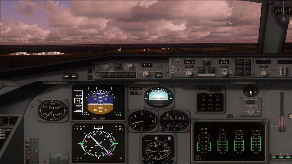 Fokker 100 TAM- São Carlos Fs92011-12-1509-29-03-78