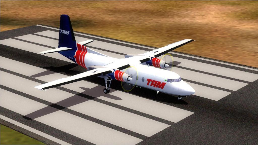 Fokker 27-200 TAM Teste de pintura Fs92012-07-1509-14-20-92