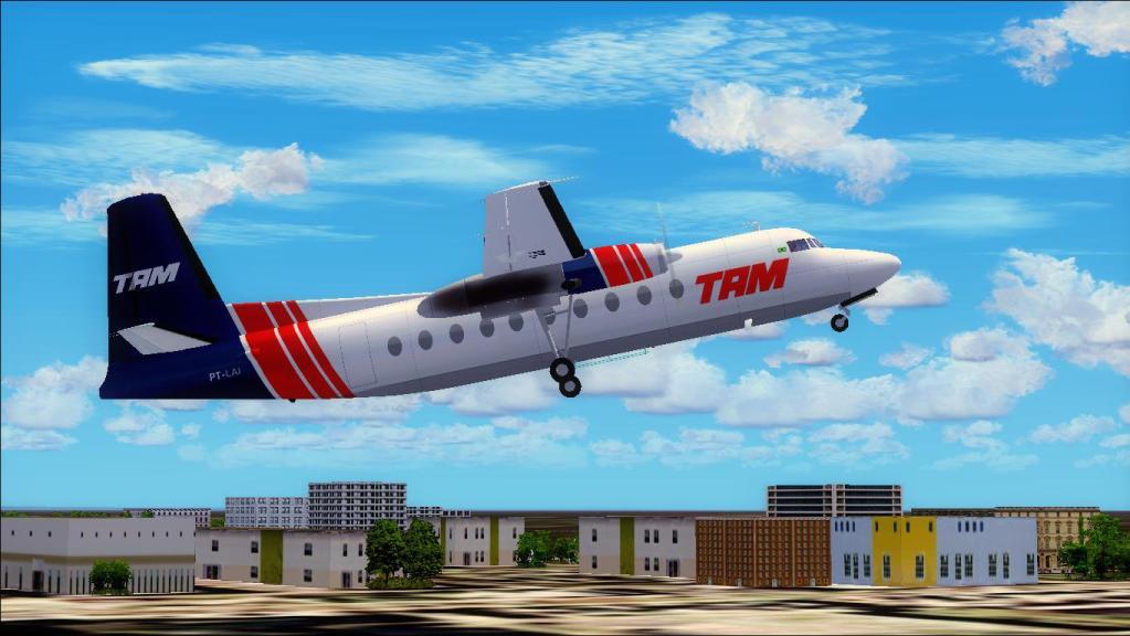 Fokker 27-200 TAM Teste de pintura Fs92012-07-1509-14-55-87