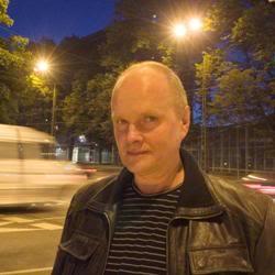 Sven Grunberg - эстонский композитор в жанре электроники и прог-рока SvenGrunberg