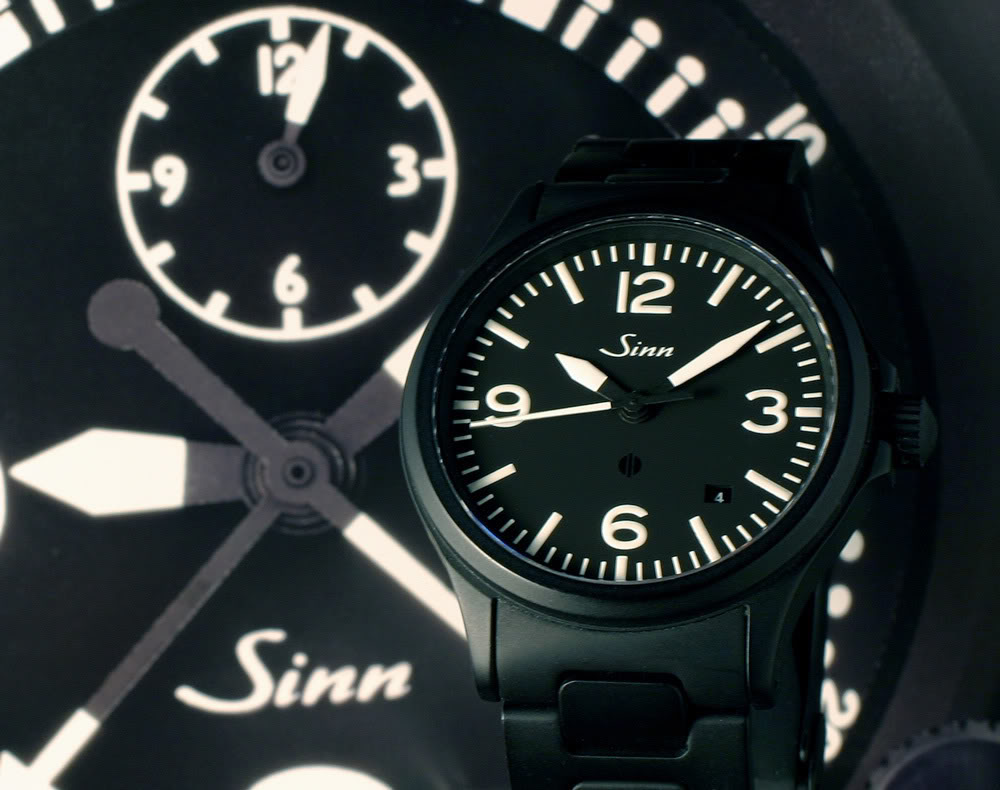 Ouvrir une montre de bord Sinn NaBo 10  et quelques observations 58357275