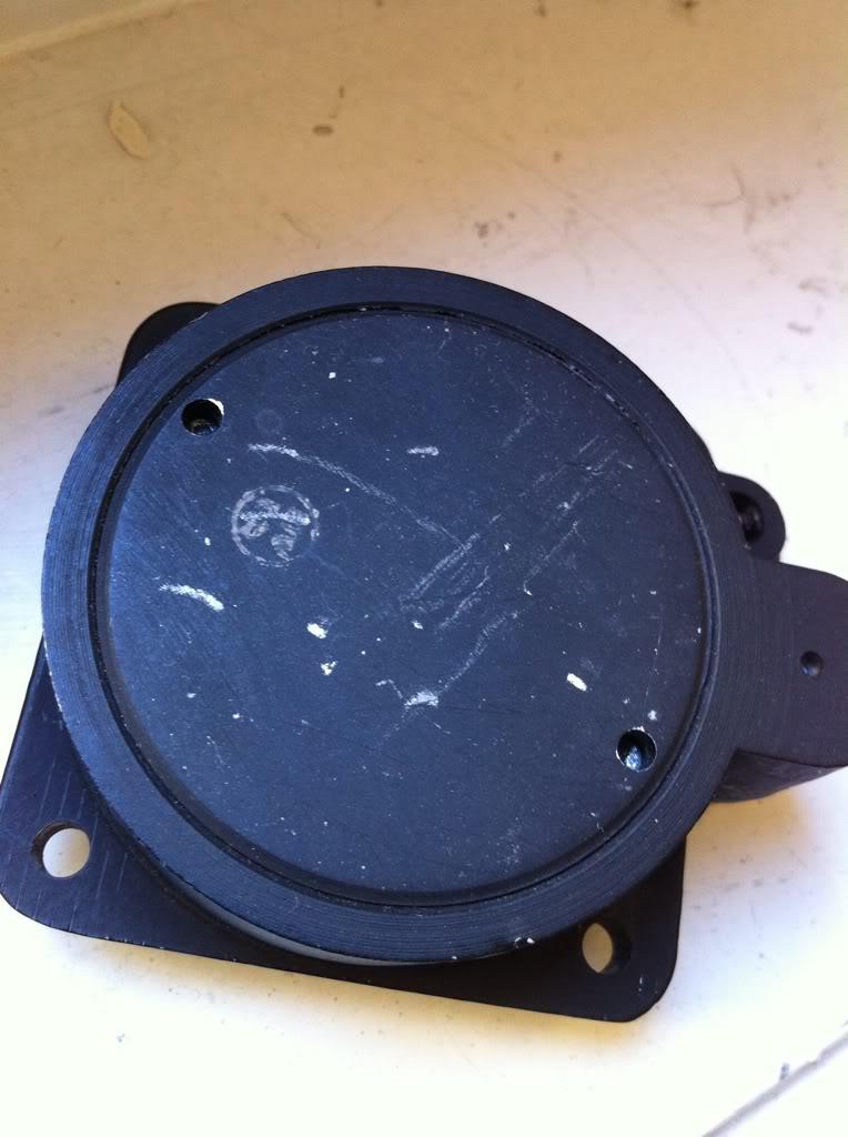 Ouvrir une montre de bord Sinn NaBo 10  et quelques observations C1e95e99
