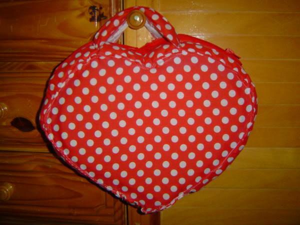 Cartera corazon de tela DSC05240