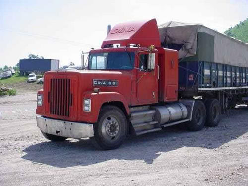 La Capsula del Tiempo (Camiones DINA) 2301580664_1534ea1bbf