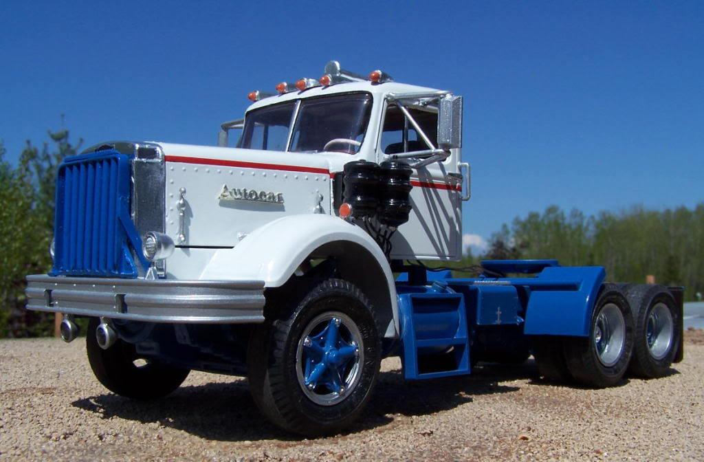 La Capsula del Tiempo (Camiones AUTOCAR) Autocar_bluewhite_608