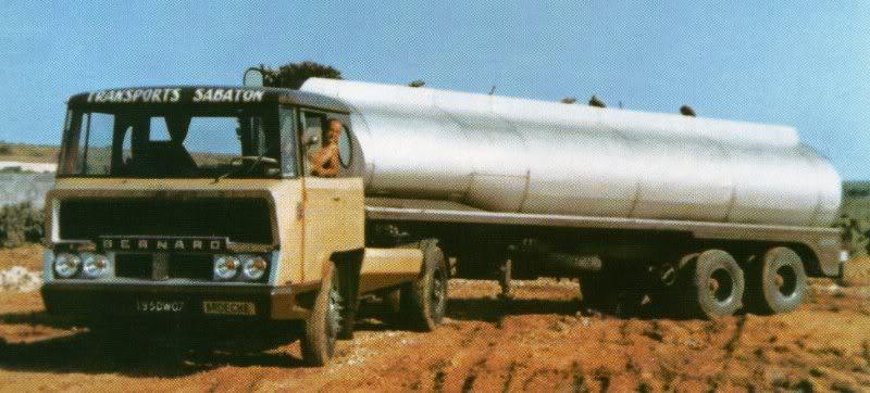 La Capsula del Tiempo (Camiones BERNARD) Bernard07