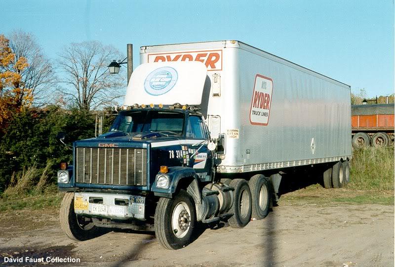 La Capsula del Tiempo (camiones GMC) Ryder_gmc_brigadier