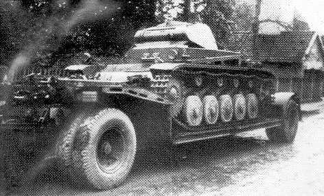 La Capsula del Tiempo (Transportes de la 2ª guerra mundial) Tt_03_panzer2sdah115