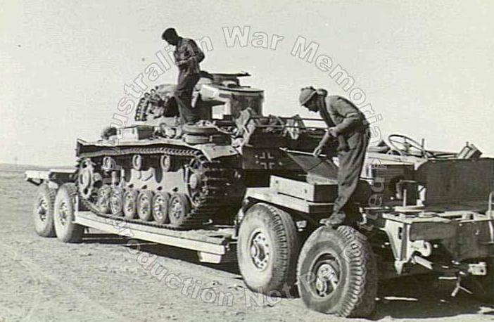 La Capsula del Tiempo (Transportes de la 2ª guerra mundial) Tt_08_sdah116panzer3africa