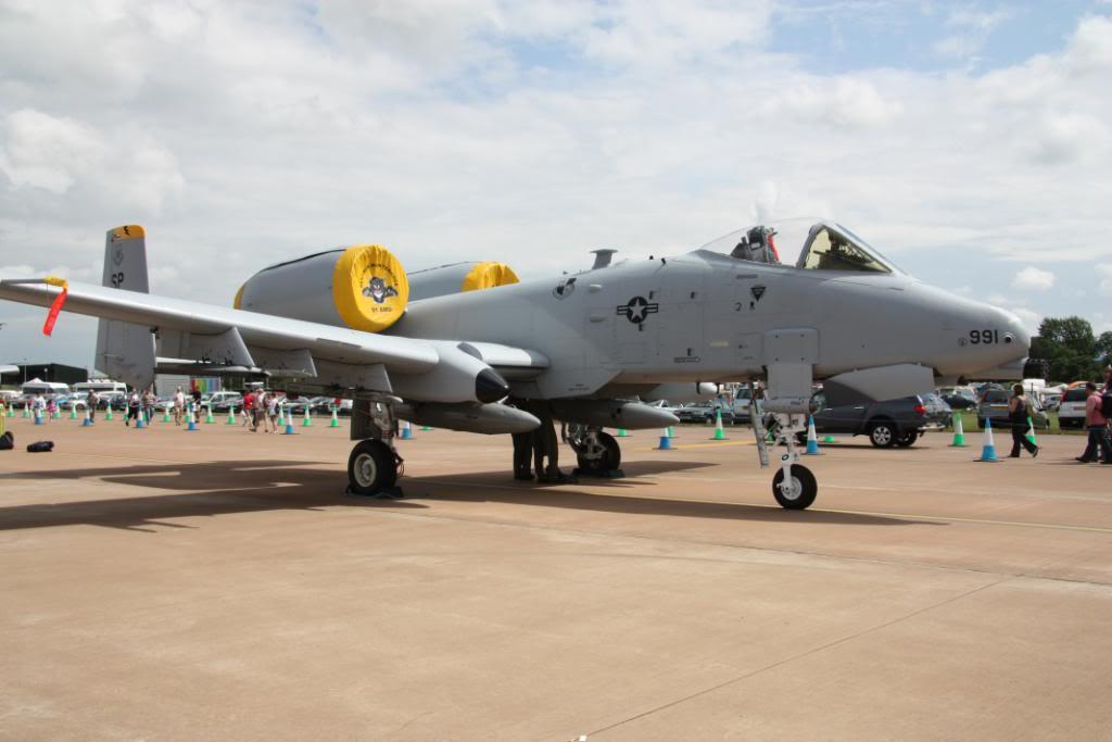 A-10a Thunderbolt II 47th fighter Sqd   Italeri 1-48 IMG_2968