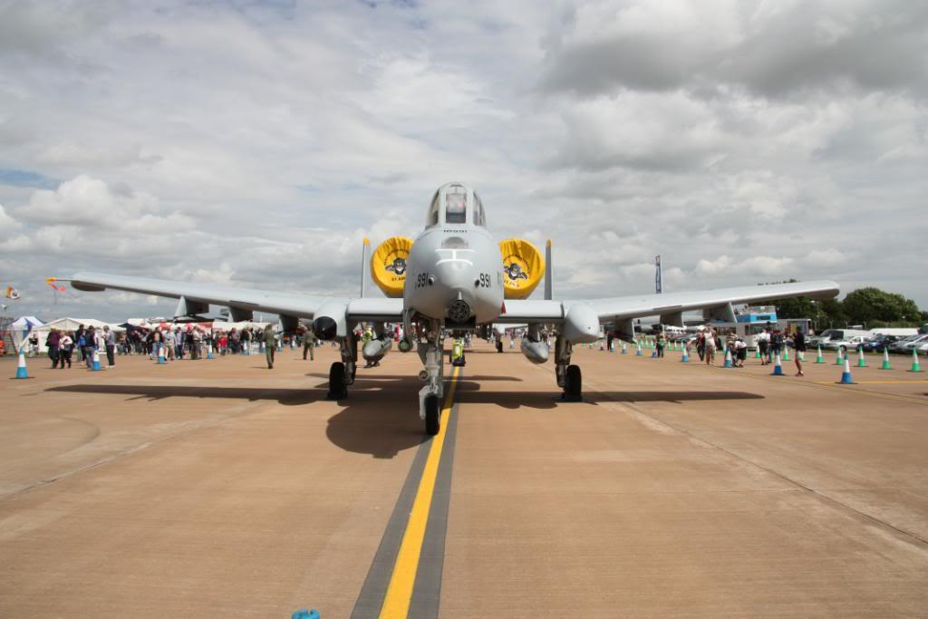 A-10a Thunderbolt II 47th fighter Sqd   Italeri 1-48 IMG_2970
