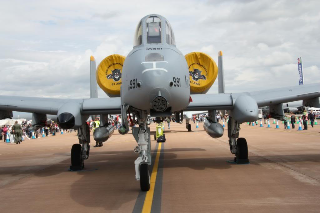 A-10a Thunderbolt II 47th fighter Sqd   Italeri 1-48 IMG_2972