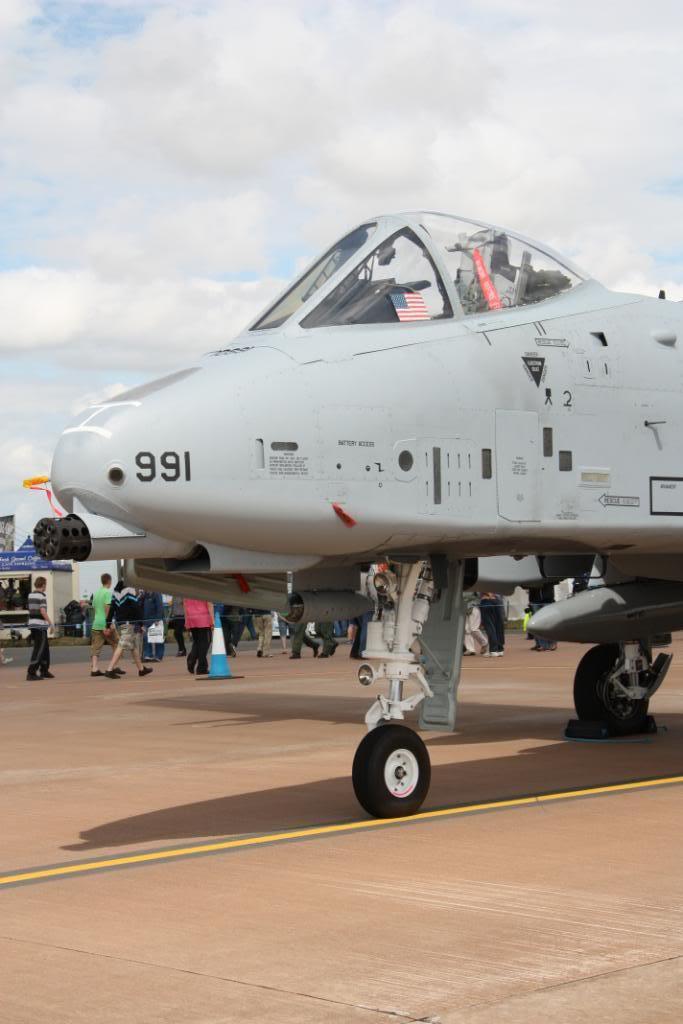 A-10a Thunderbolt II 47th fighter Sqd   Italeri 1-48 IMG_2973