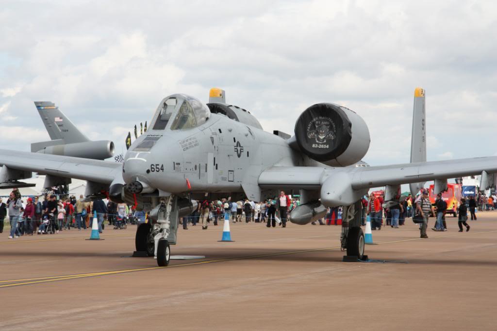 A-10a Thunderbolt II 47th fighter Sqd   Italeri 1-48 IMG_2978