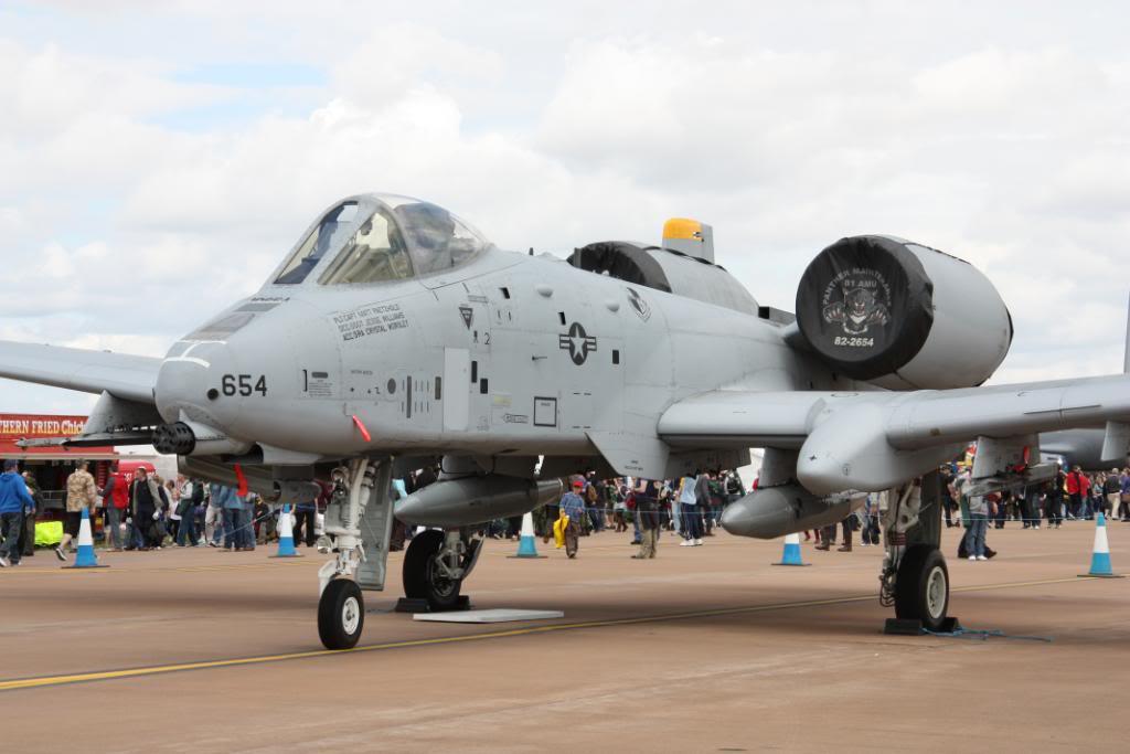 A-10a Thunderbolt II 47th fighter Sqd   Italeri 1-48 IMG_2985