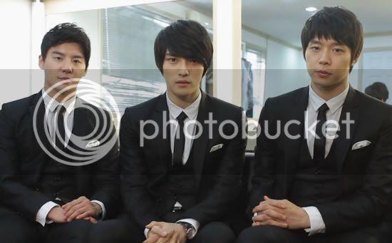 [NEW] JYJ toma acciones legales contra avex. 20110316_jyj_01
