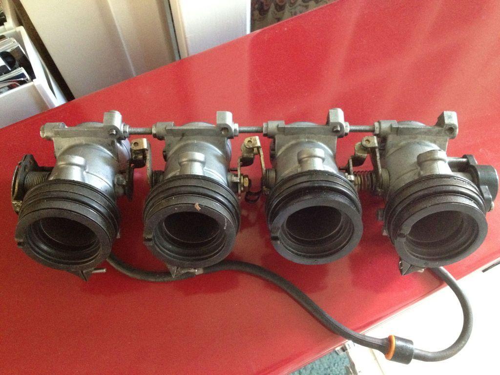 Gsxr 750 throttle bodies IMG_0241