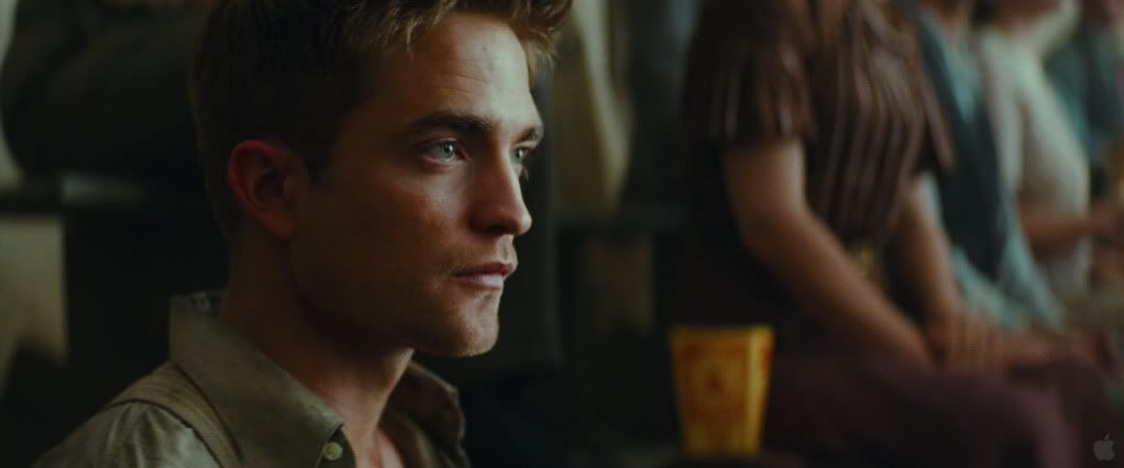 Water For Elephants galery - Page 2 Pattinsonlife496