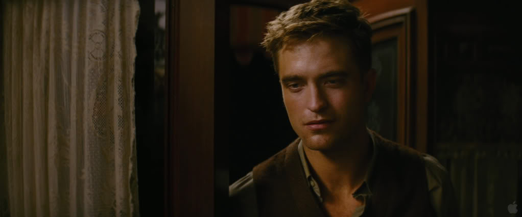 Water For Elephants galery - Page 2 Pattinsonlife665